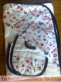 Blanqueria infantil: Set de toallon con babero y babita